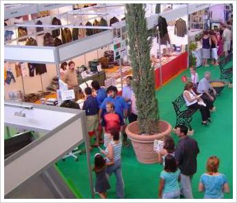 Feria de caza, turismo, artesania y productos de la tierra - Feria Mencatur - Villanueva de la Fuente